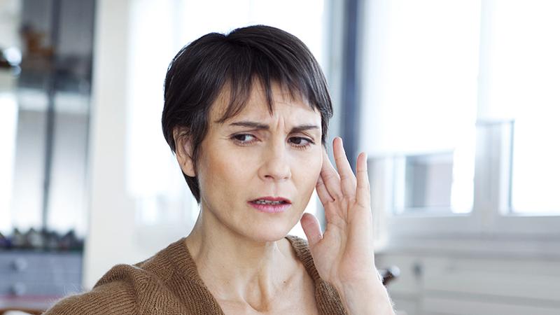 Brummen Im Ohr Halswirbelsäule