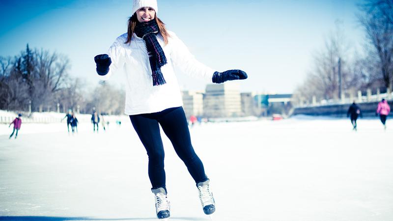 Stürze beim Eislaufen: Kahnbeinbruch droht